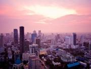 Bangkokin kattojen ylla