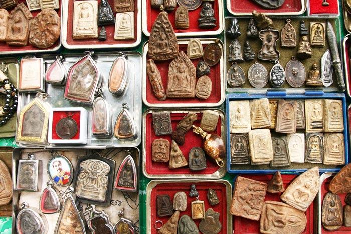 thaimaa amulettimarkkinat
