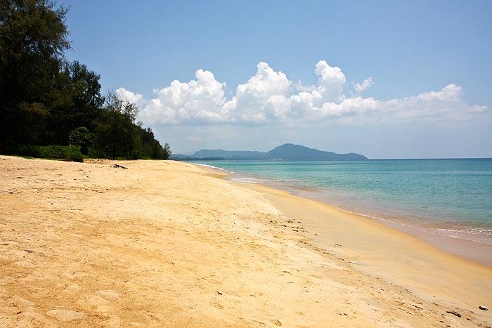 Mai Khao Beach Phuket Thaimaa