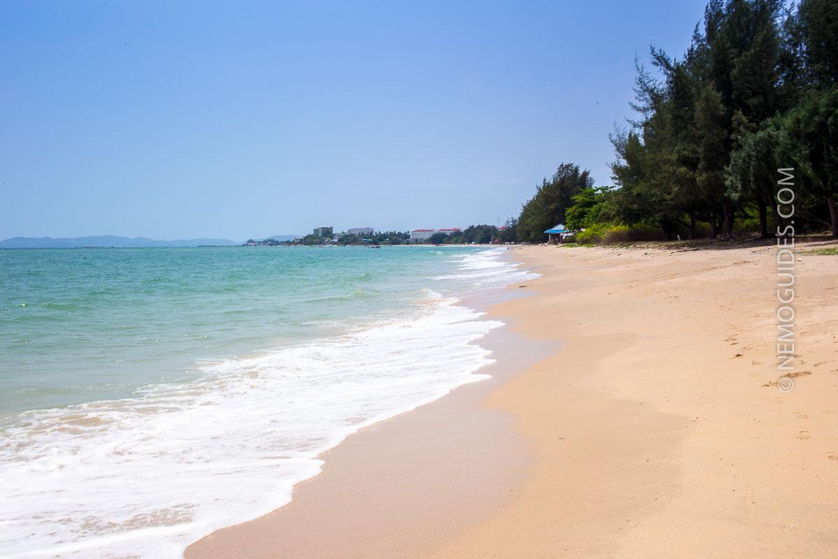 Rayongin rannoilla riittää tilaa.