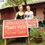 Monte Vistan omistaja Johanna ja allekirjoittanut.