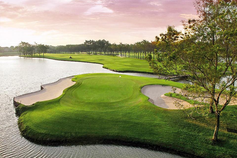 Peter Puhakka – Golf-ammattilaisen matkassa