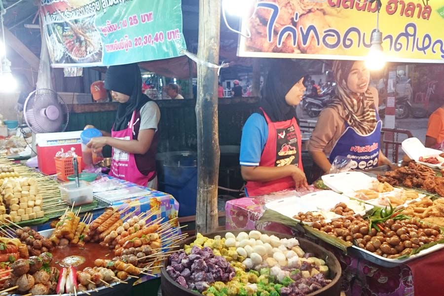 phuket-town-ruokatorilla